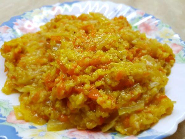 Каша пшеничная с овощами в скороварке Sinbo 5033
