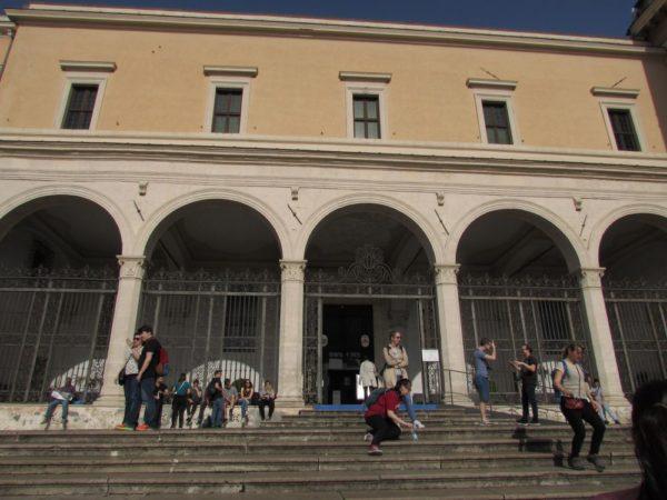 Базилика Сан Пьетро ин Винколи
