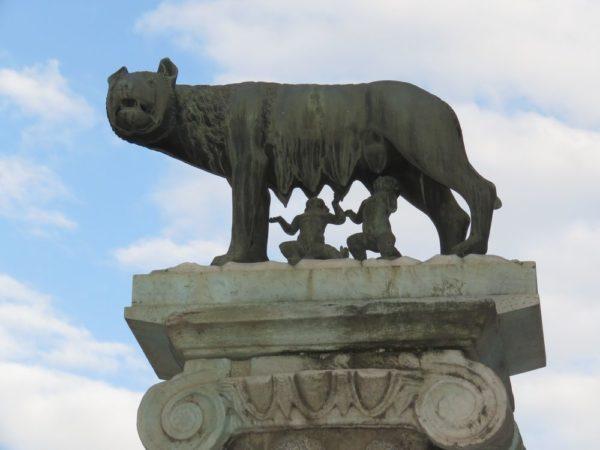 Капитолийская волчица (Lupa Capitolina) капилой