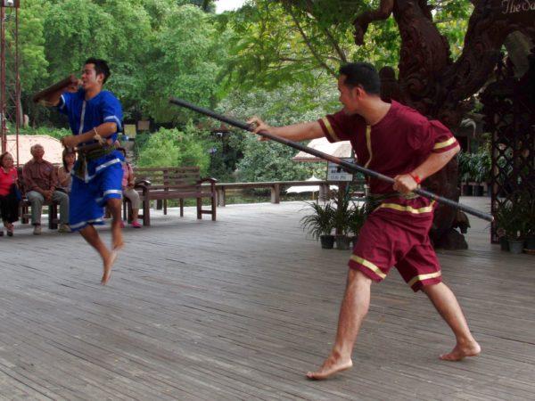 храм Истины в Паттайе (Sanctuary of Truth) тайская борьба