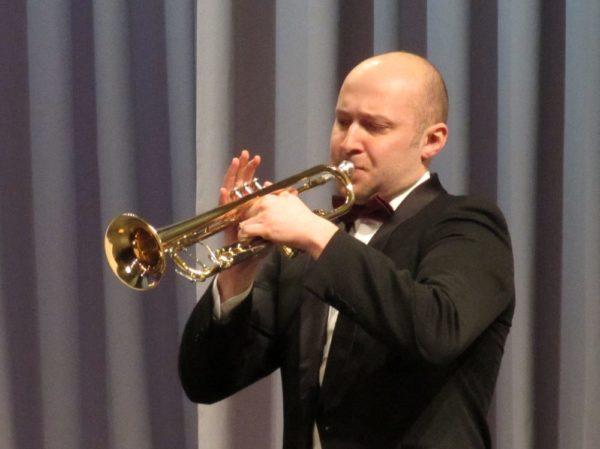 Загадки про музыкальные инструменты труба