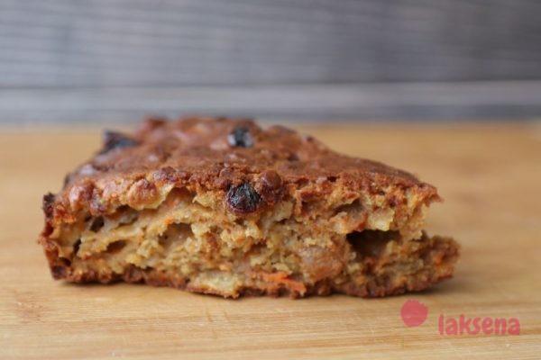 Морковный пирог с тыквенными семечками