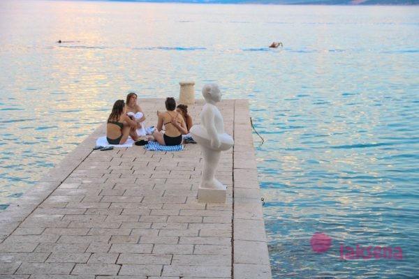 Город Бол остров Брач Хорватия пляжи Бола