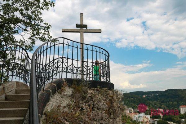 Смотровая площадка Петра 1 и Олений прыжок Карловы Вары