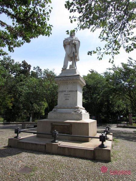 памятник Гарибальди падуя
