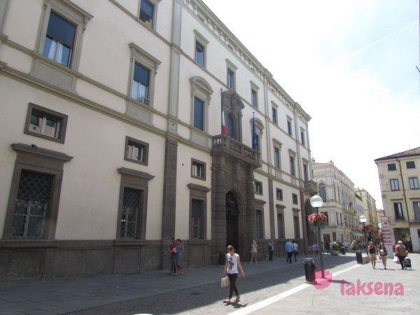 Падуя город в италии палаццо дель бо университет падуи