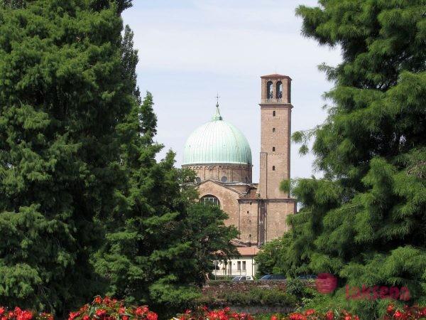 Церковь Санта Мария дель Кармине падуя