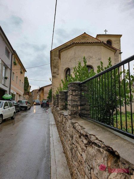 Церковь св. Николая пула