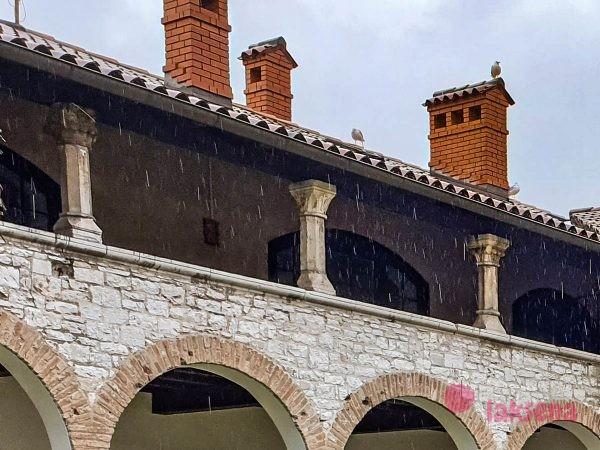 монастрыский двор франциска пула