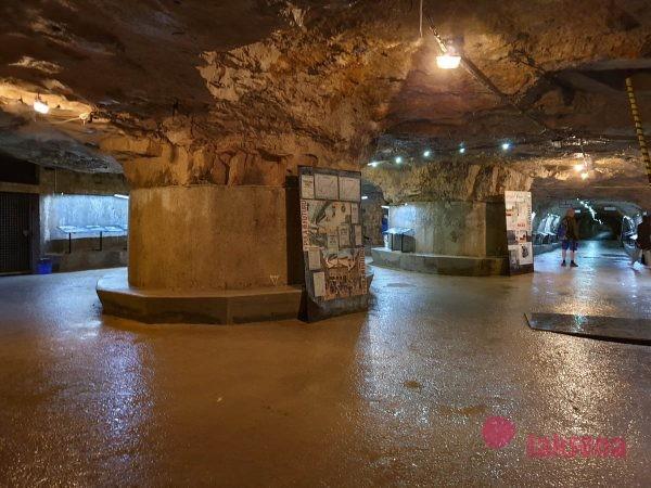 центральный зал тоннелей под каштелом