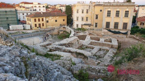 Римский театр пула