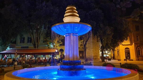 фонтан на площади Данте