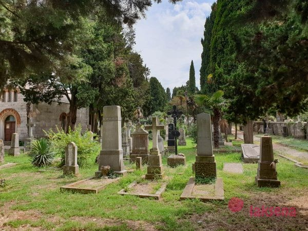 Матросское кладбище пула